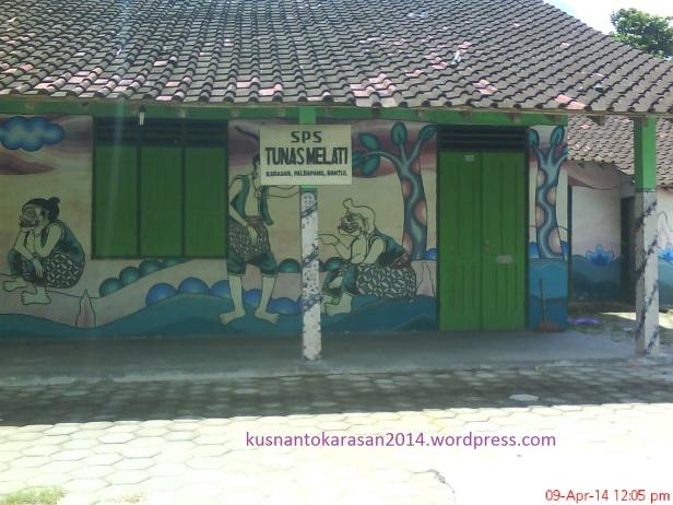 sisi depan sekolah PAUD SPS Tunas Melati Karasan Palbapang