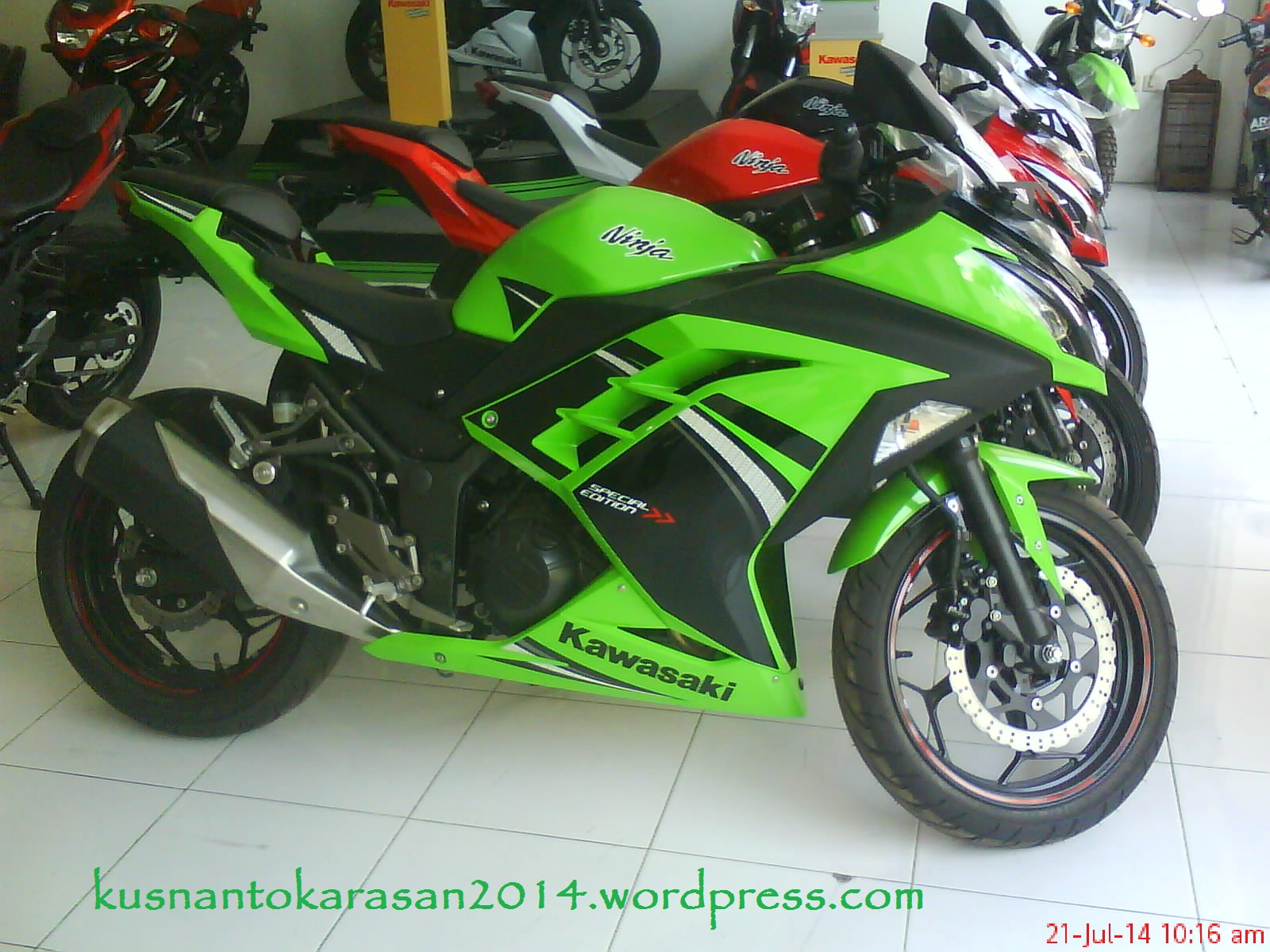Top modifikasi ninja 250 fi warna hijau
