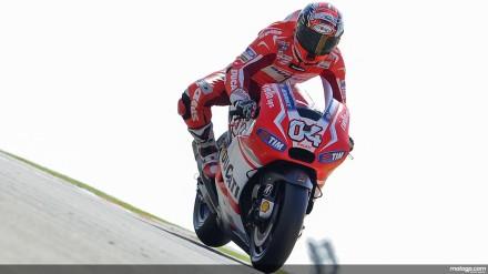 Andrea Dovizioso di atas motor baru Ducati GP14,2.
