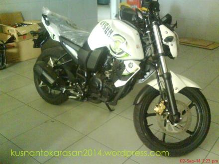 Yamaha byson warna putih/ bold white