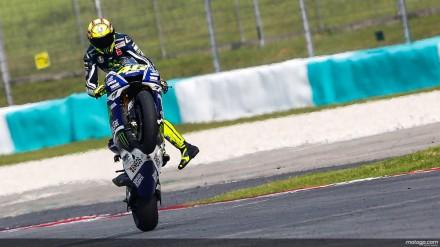 Rossi whelie di sirkuit Sepang Malaysia