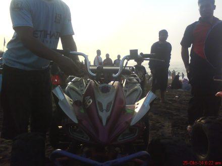 Tampak depan ATV buatan sendiri di pantai Depok-Parangtritis
