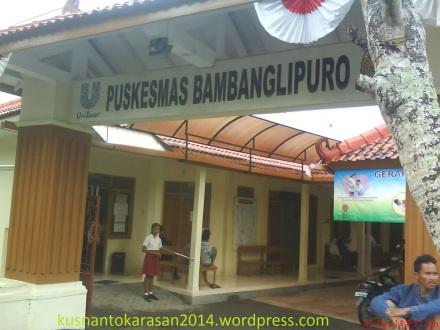 pintu gerbang Puskesmas Bambanglipuro menghadap Utara