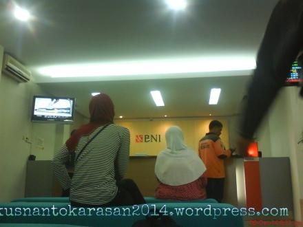 Ruang tunggu di bank BNI Bantul