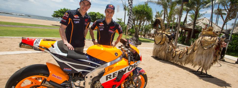 Marc Marquez dan Dani Pedrosa perkenalkan Motor baru 2015 di Bali