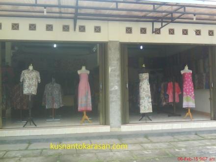 Tampak depan showroom Batik Ramadhani