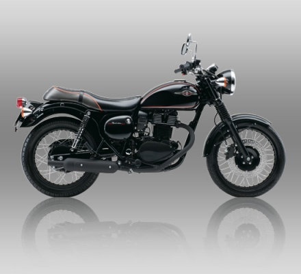 Kawasaki Estrella Special Edition warna Hitam/ Black