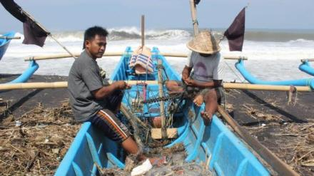 nelayan di laut pantai selatan Yogyakarta, tribunjogja.com