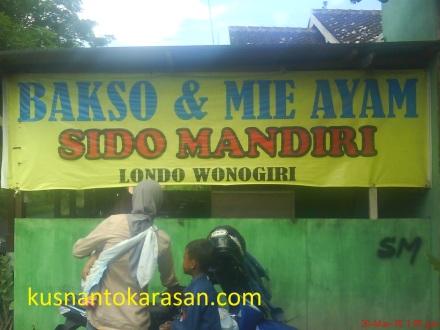 "warung Bakso & Mie Ayam ""Sido Mandiri - Londo Wonogiri"" di Ganjuraan Bantul"
