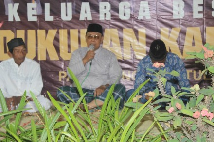 Bapak Sumadi mewakili pihak kelurahan Desa Palbapang