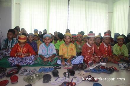 Ini nih anak-anak pemberani peserta Khitanan Massal