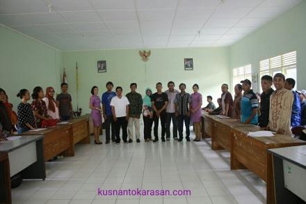 Foto bersama peserta yang trlah menemukan pasangan