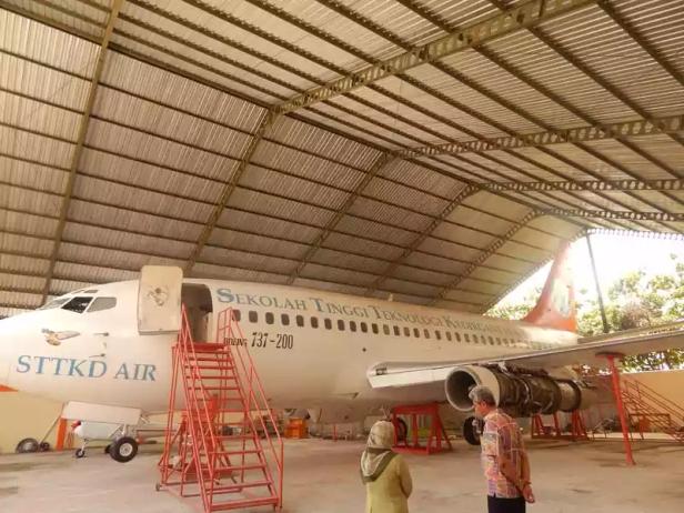 Ini pesawat boeng 737 yang direncanakan digunakan untuk Acara Nikah Bareng Angkasa 2016