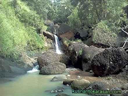 Air Terjun Sewu Watu Imogiri Bantul