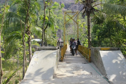Jembatan Kuning Imogiri