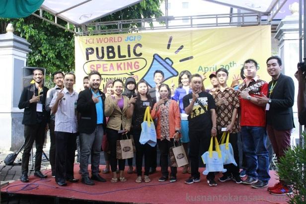 Seluruh peserta stage holdibg foto bersama