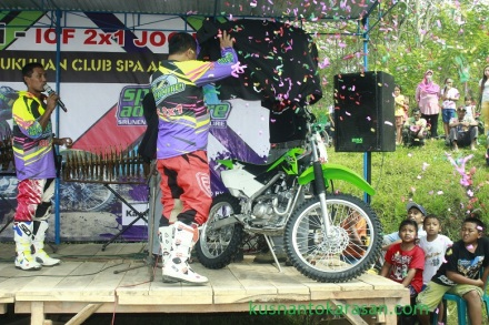 New KLX dilaunching oleh ketua IOF 2X 1 Jogja, Bpk Mujiyana