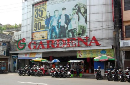 Ilustrasi Gardena Dept. Store -www.yogyes.com