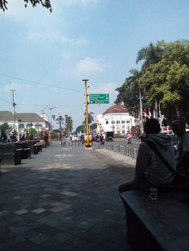 Titik Nol KM Yogyakarta (Depan Gedung Agung Yogyakarta)