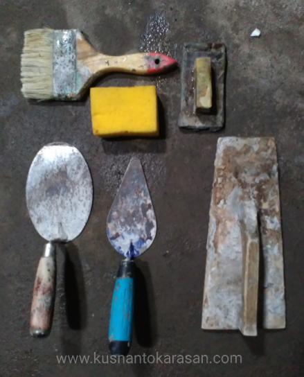 Alat-alat untuk ngaci