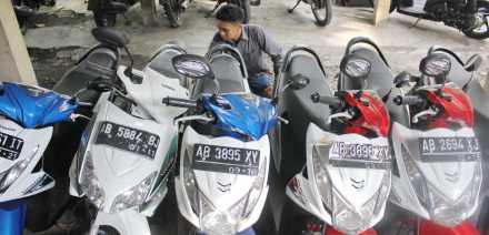 6 motor matic yang berhasil diamankan oleh sat reskrom Polres Bantul dari tindak kriminal penggelapan milik Perental sepedamotor.