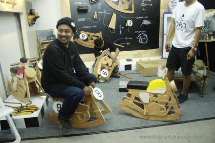 """Kuat juga di naiki oleh orang dewasa, ini buatsn """"Oro wood All Bandung, harganya 1,5 juta"""