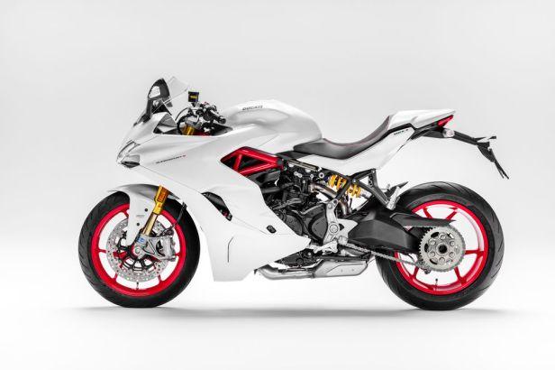 samping kiri Ducati supersport