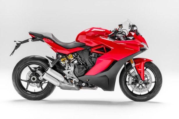 Ducati Supersport warna merah
