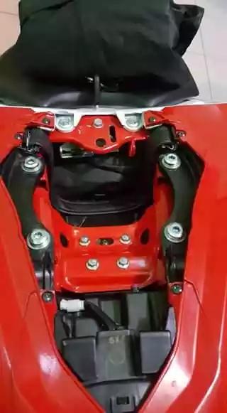 Bagasi Honda CBR 250RR