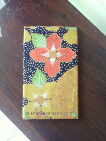 Motif batik bunga