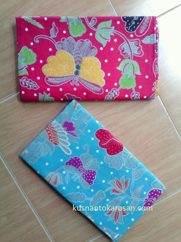 Motif batik kupu-kupu kombinasi