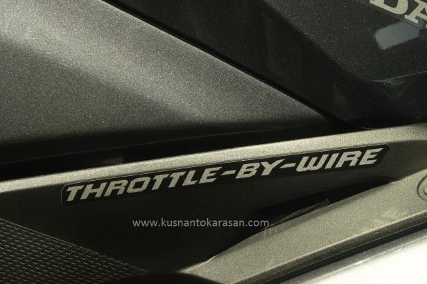 Throttle by wire Honda CBR 250RR