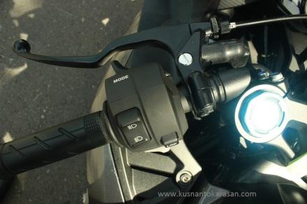 Tampak knop stang kiri all new CBR 250RR