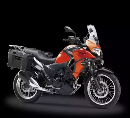 Kawasaki Versys-X 250 Tourer warna orange