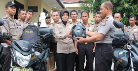 Saat penyerahan 50 unit sepedamotor untuk Bhabinkamtibmas Bantul