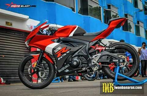 Beragam decal untuk Suzuki GSX-R 150